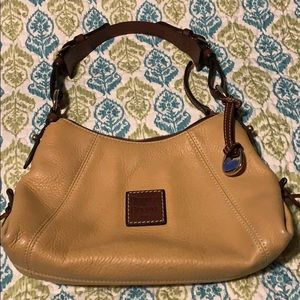 Authentic dooney and Burke purse very clean